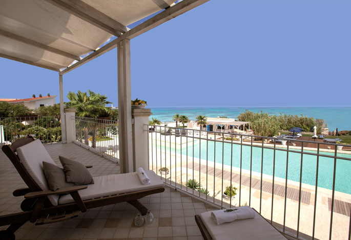 Canne Bianche sea view